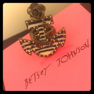 Betsey Johnson anchor ring